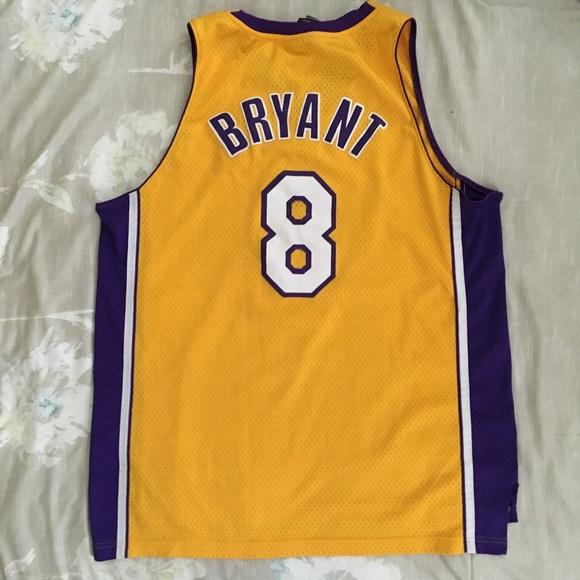 Official NBA Kobe Bryant Lakers '8' Jersey????